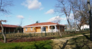 Maison bois de plain pied à Bas-Mauco