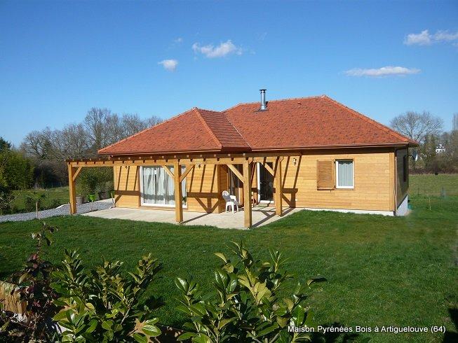 Maison bois de plain à Artiguelouve près de Pau (Pyrénées Atlantiques, 64)