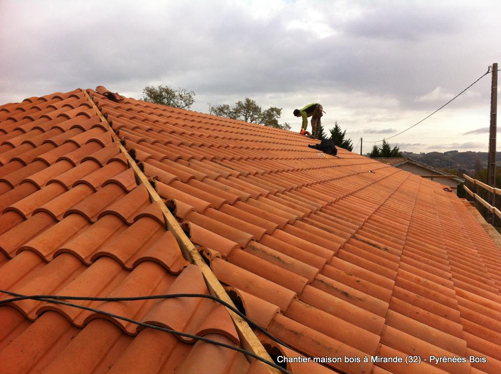 Gers : Construction maison bois : couverture tuiles